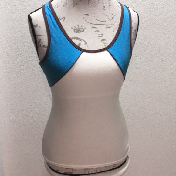 Pizzazz Athletic Tank Top Size M